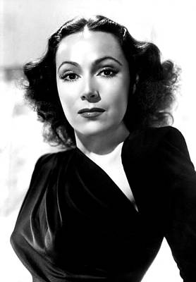 Dolores Photograph - Dolores Del Rio, Portrait Ca. 1940 by Everett