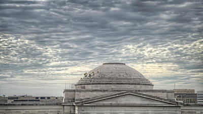 Smithsonian Museum Photograph - Dome Workers by Jim Pearson