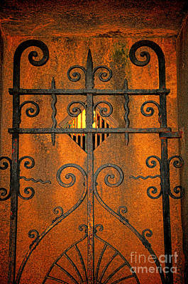 Final Resting Place Photograph - Doorway To Death by Paul Ward