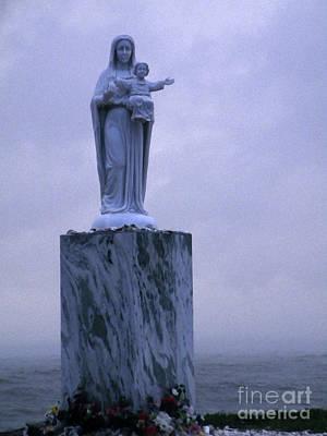 Flower Memorial Photograph - Down To The Sea In Ships by Joe Jake Pratt