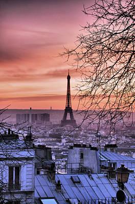 Eiffel Tower At Sunset Print by Romain Villa Photographe