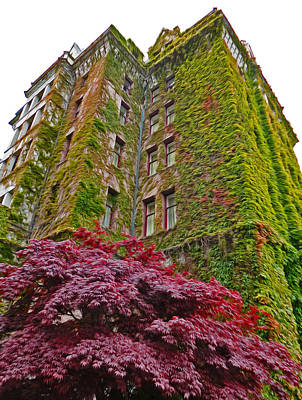 Empress Hotel - Victoria Canada - 02  Print by Gregory Dyer