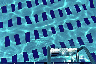 Swimming Pool Photograph - Entrance To Pool by Daniel Kulinski