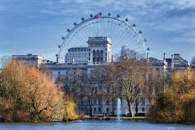 London Eye Photograph - Eyeing The View by Joan Carroll