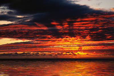 Lightscapes Photograph - Fiery Sunset On The Ocean by Hakon Soreide