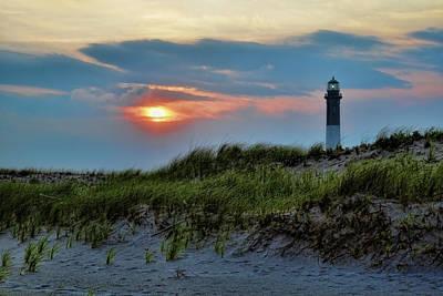 Guiding Light Photograph - Fire Island Sunset by Rick Berk