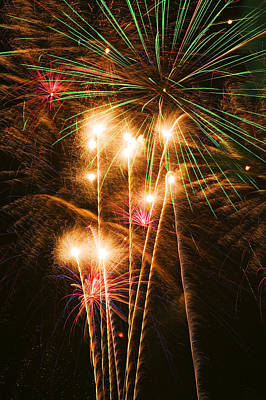 Pyrotechnics Photograph - Fireworks In Night Sky by Garry Gay