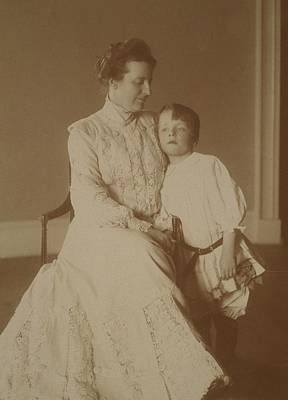 First Lady Edith Roosevelt Print by Everett