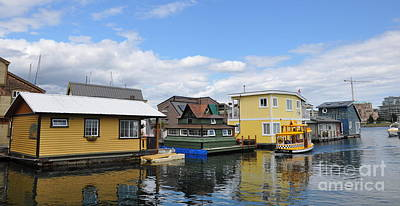 Float Houses In Victoria Canada Print by Tanya  Searcy