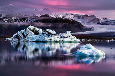 Y120817 Photograph - Floating Iceberg by Dennis Fischer Photography