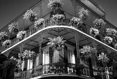 Leda Photograph - French Quarter Living by Leslie Leda
