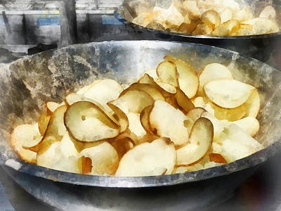 Potato Photograph - Fresh Potato Chips by Susan Savad
