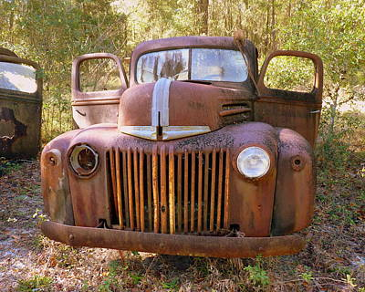 Front View Of Rusty Old Truck Print by Carla Parris