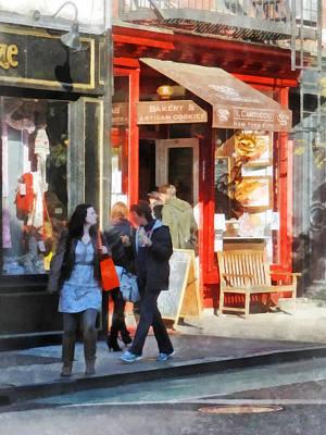 Crowds Photograph - Greenwich Village Bakery by Susan Savad