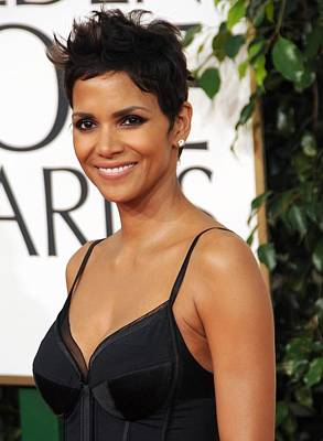 Halle Berry At Arrivals For The Print by Everett