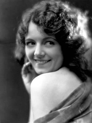 Fox Titles Photograph - Janet Gaynor, Fox Film Corp, 1920s by Everett