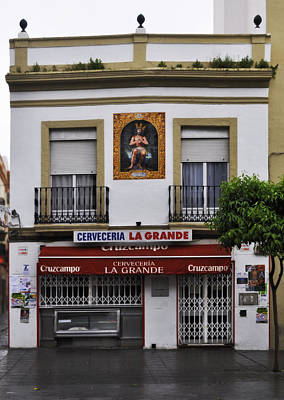 Rainy Day Photograph - Jesus And The Cerveceria by Mary Machare