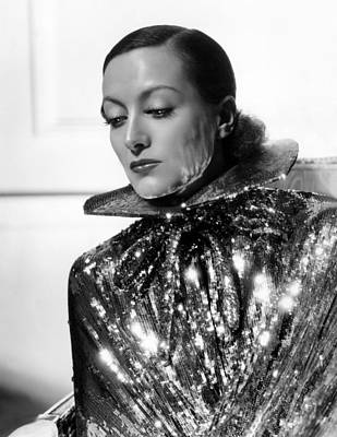 Colbw Photograph - Joan Crawford, 1934, Photo By Hurrell by Everett