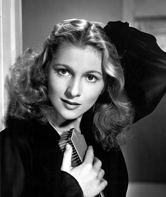 Joan Fontaine, Portrait, 1940s Print by Everett