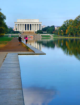 Jogging To The Memorial Print by Steven Ainsworth
