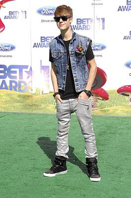 Bieber Photograph - Justin Bieber At Arrivals For 2011 Bet by Everett