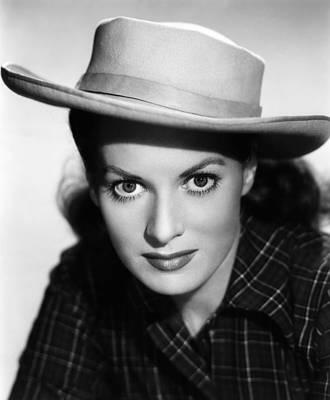 Maureen Photograph - Kangaroo, Maureen Ohara,  1952 by Everett