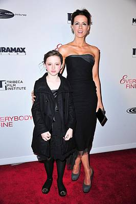 Amc Loews Lincoln Square Theatre Photograph - Kate Beckinsale, Daughter Lily Sheen by Everett