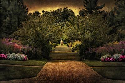 Kingwood Garden Fountain Original by Mary Timman