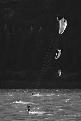 Kiteboarders In The Columbia River Print by Skip Brown