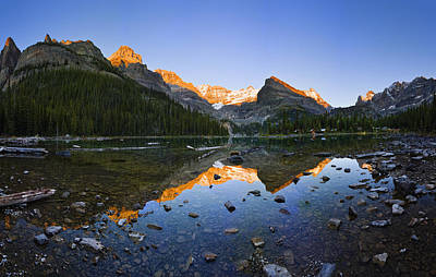 Lake Ohara And Mountains At Sunset Print by Yves Marcoux