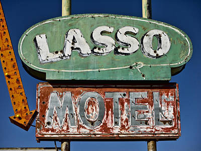 Lasso Motel On Route 66 Print by Carol Leigh