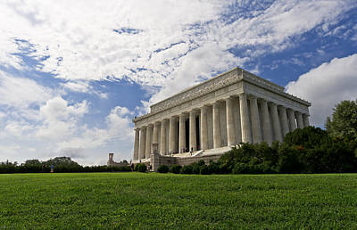 Lincoln Memorial And Sky Print by Lori Coleman