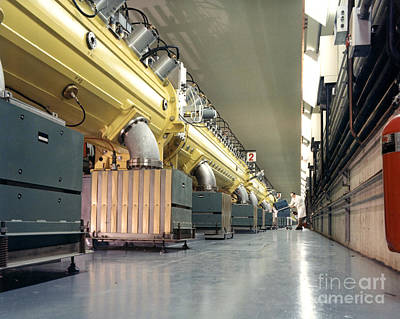 Linear Accelerator Linac Print by Science Source