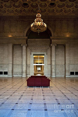 Immaculate Photograph - Lobby In Fancy Building by Eddy Joaquim