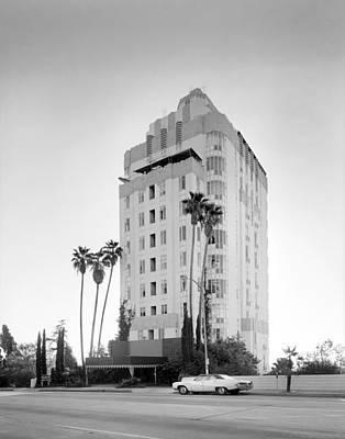 Los Angeles, Sunset Tower Apartments Print by Everett