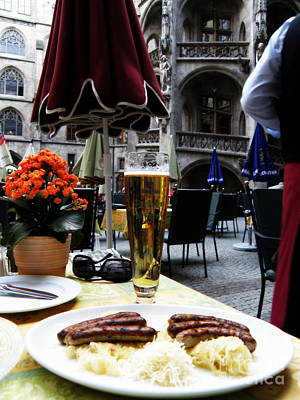 Lunch Time In Munich Germany Print by Tanya  Searcy