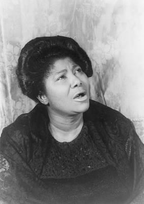 Mahalia Jackson Photograph - Mahalia Jackson, Portrait By Carl Van by Everett