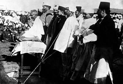 Mahatma Gandhi Photograph - Mahatma Gandhi Adresses A Meeting by Everett