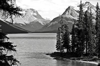Bw Photograph - Maligne Lake by RicardMN Photography