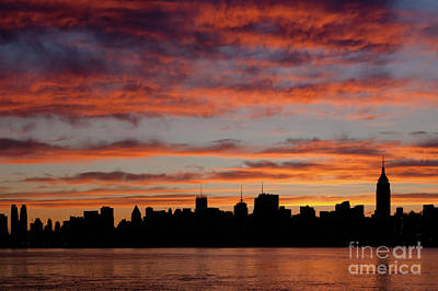 Empire State Building Photograph - Manhattan Dawn Skyline II by Clarence Holmes