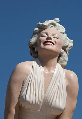 Marilyn In The Sun Print by Matthew Bamberg