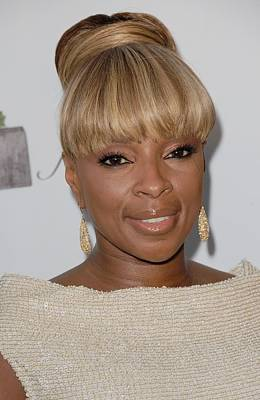 Hair Bun Photograph - Mary J Blige At Arrivals For 2011 by Everett
