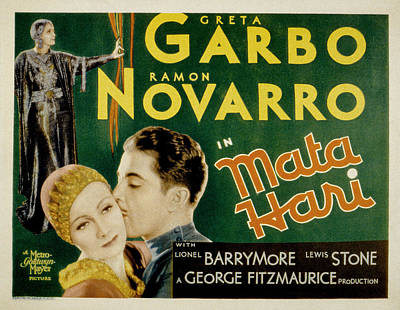 1931 Movies Photograph - Mata Hari, Greta Garbo, Ramon Navarro by Everett
