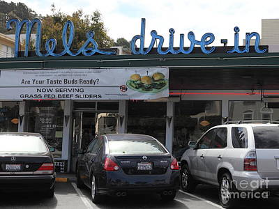 Mels Drive-in Photograph - Mel's Drive-in Diner In San Francisco - 5d18014 by Wingsdomain Art and Photography
