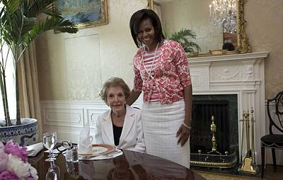 Michelle Obama Visits With Former First Print by Everett