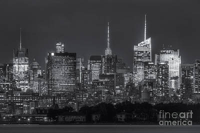 New York City Skyline Photograph - Mid-town Manhattan Twilight II by Clarence Holmes
