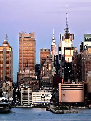 Midtown Manhattan 03 Print by Artistic Photos