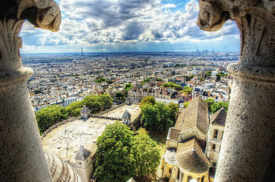 Sacre Coeur Photograph - Montmartre Sacre Coeur by Haaghun