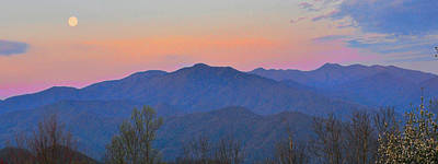 Moon Sets Over Smokies #2 Print by Alan Lenk