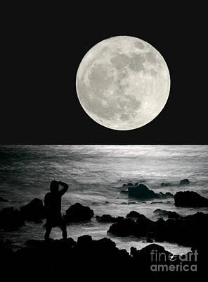 Moonrise Print by Paul Topp